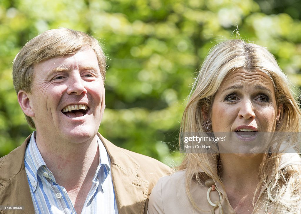 <a gi-track='captionPersonalityLinkClicked' href=/galleries/search?phrase=King+Willem-Alexander&family=editorial&specificpeople=160214 ng-click='$event.stopPropagation()'>King Willem-Alexander</a> of the Netherlands and Queen Maxima of the Netherlands attends the annual Summer photocall at Horsten Estate on July 19, 2013 in Wassenaar, Netherlands.