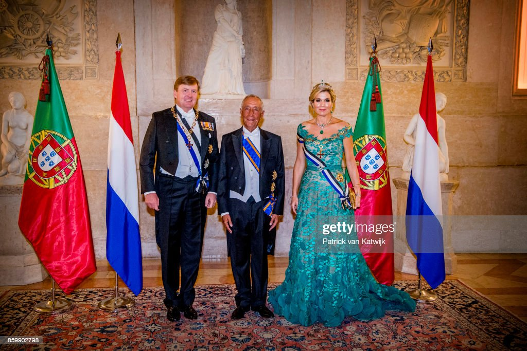 King Willem-Alexander of The Netherlands and Queen Maxima of The Netherlands during the official state banquet hosted by President Marcelo Rebelo de Sousa of Portugal at the Palacio da Ajuda on October 10, 2017 in Lisboa CDP, Portugal.
