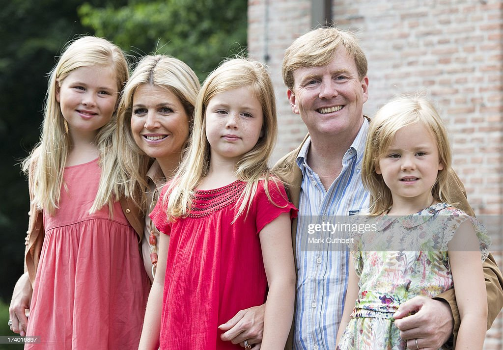 <a gi-track='captionPersonalityLinkClicked' href=/galleries/search?phrase=King+Willem-Alexander&family=editorial&specificpeople=160214 ng-click='$event.stopPropagation()'>King Willem-Alexander</a> of the Netherlands, Queen Maxima of the Netherlands, Crown <a gi-track='captionPersonalityLinkClicked' href=/galleries/search?phrase=Princess+Catharina-Amalia&family=editorial&specificpeople=765983 ng-click='$event.stopPropagation()'>Princess Catharina-Amalia</a> of the Netherlands, <a gi-track='captionPersonalityLinkClicked' href=/galleries/search?phrase=Princess+Alexia+of+the+Netherlands&family=editorial&specificpeople=766259 ng-click='$event.stopPropagation()'>Princess Alexia of the Netherlands</a>, <a gi-track='captionPersonalityLinkClicked' href=/galleries/search?phrase=Princess+Ariane+of+the+Netherlands&family=editorial&specificpeople=4586156 ng-click='$event.stopPropagation()'>Princess Ariane of the Netherlands</a> attends the annual Summer photocall at Horsten Estate on July 19, 2013 in Wassenaar, Netherlands.
