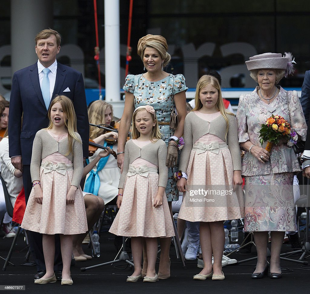 King Willem-Alexander of The Netherlands, Queen Maxima of The Netherlands, L-R front)Princess Alexia of The Netherlands, Princess Ariane of The Netherlands, Princess Catharina Amalia of The Netherlands and Princess Beatrix of The Netherlands attend King's Day on April 26, 2014 in Amstelveen, Netherlands.