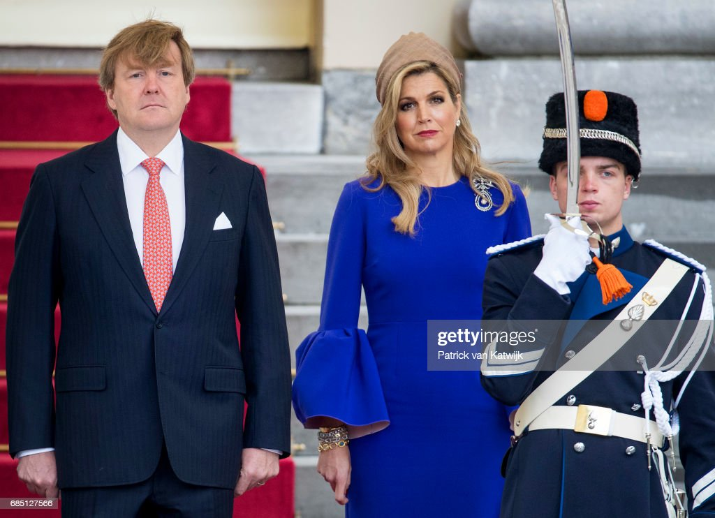 King Willem-Alexander of The Netherlands waits to welcome President Filipe Nyusi of Mozambique and his wife Isaura Nyusi (not pictured) at Palace Noordeinde on May 19, 2017 in The Hague, Netherlands.
