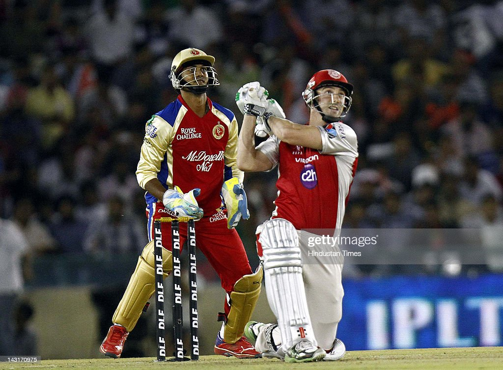 Kings XI Punjab batsman <a gi-track='captionPersonalityLinkClicked' href=/galleries/search?phrase=Shaun+Marsh+-+Cricket+Player&family=editorial&specificpeople=236104 ng-click='$event.stopPropagation()'>Shaun Marsh</a> plays a shot during IPL-5 T20 Cricket match played between Kings XI Punjab and Royal Challengers Bangalore at PCA stadium on April 20, 2012 in Mohali, India. Batting first after losing the toss Kings XI Punjab posted a target of 164 runs to win for Royal Challengers Bangalore.