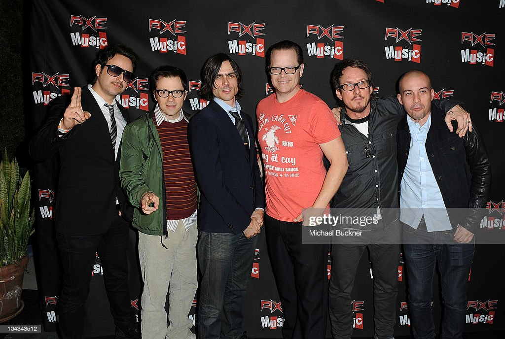 Kinky and Weezer attend the 'AXE Music One Night Only' concert series featuring Weezer at Dunes Inn Motel - Sunset on September 21, 2010 in Hollywood, California.
