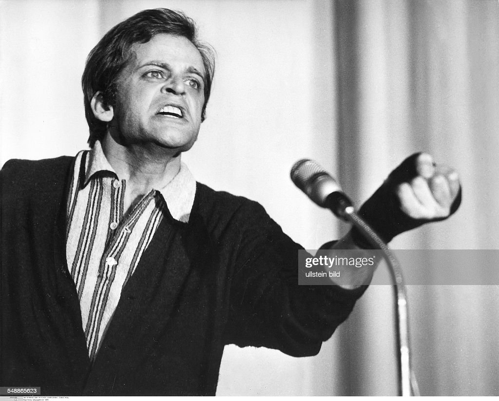 Kinski, Klaus - Actor, Germany *-+ - during recordings - 1970 - Vintage property of ullstein bild