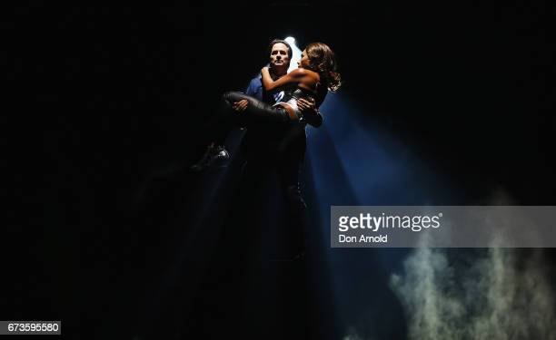 Kip Gamblin performs the role of Frank Farmer and Paulini performs the role of Rachel Marron during a production media call for The Bodyguard The...