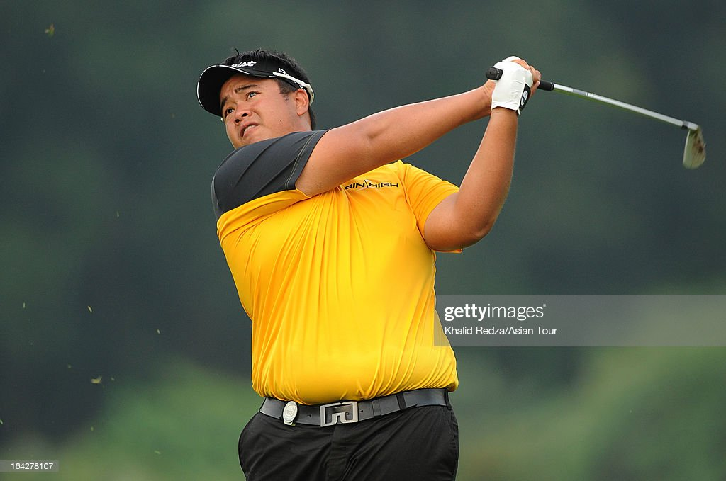 Kiradech Aphibarnrat of Thailand plays a shot during round two of the Maybank Malaysian Open at Kuala Lumpur Golf & Country Club on March 22, 2013 in Kuala Lumpur, Malaysia.