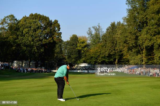 Kiradech Aphinbarnrat of Thailand plays an aproach shot on the 18th during the final round of the 2017 Italian Open at Golf Club Milano Parco Reale...