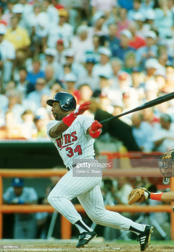 Kirby Puckett of the Minnesota Twins bats at the 1989 MLB All Star game at the Big A circa 1989 in Anaheim, California.