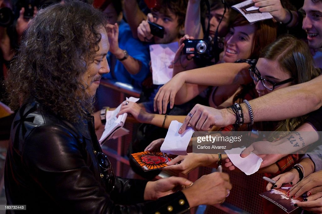 <a gi-track='captionPersonalityLinkClicked' href=/galleries/search?phrase=Kirk+Hammett&family=editorial&specificpeople=204665 ng-click='$event.stopPropagation()'>Kirk Hammett</a> of Metallica attends the 'Metallica: Through The Never' premiere at the Callao Cinema ME on October 9, 2013 in Madrid, Spain.
