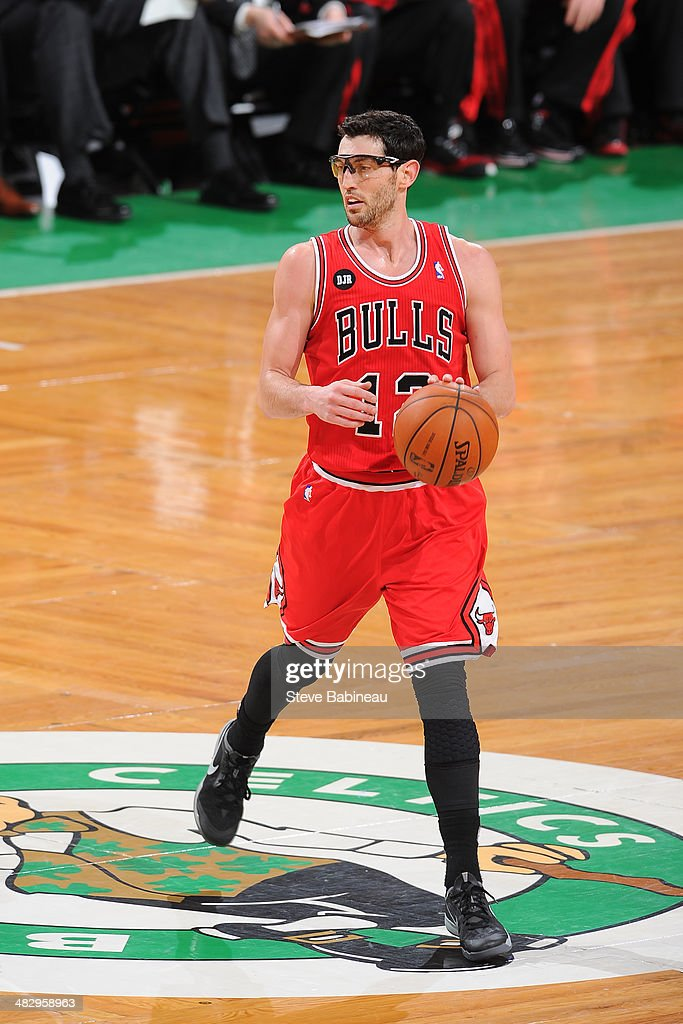 <a gi-track='captionPersonalityLinkClicked' href=/galleries/search?phrase=Kirk+Hinrich&family=editorial&specificpeople=201629 ng-click='$event.stopPropagation()'>Kirk Hinrich</a> #12 of the Chicago Bulls handles the ball against the Boston Celtics on March 30, 2014 at the TD Garden in Boston, Massachusetts.