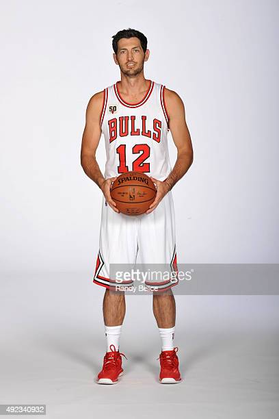 Kirk Hinrich of the Chicago Bulls poses for a portrait as part of Media Day on September 28 2015 at the Advocate Center in Chicago Illinois NOTE TO...