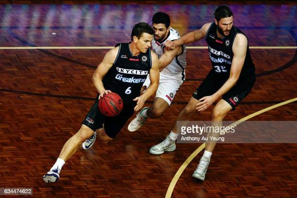 Kirk Penney of the Breakers drives against Todd Blanchfield of United during the round 19 NBL match between the New Zealand Breakers and Melbourne...
