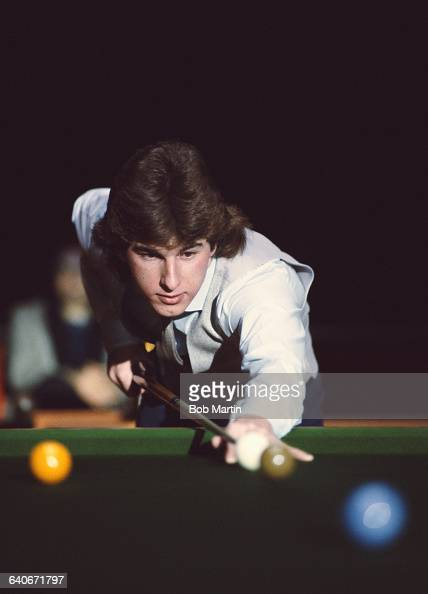 Kirk Stevens of Canada lines up the que ball playing in the Benson and Hedges Masters Snooker Championship on 22 January 1984 at the Wembley Arena in...