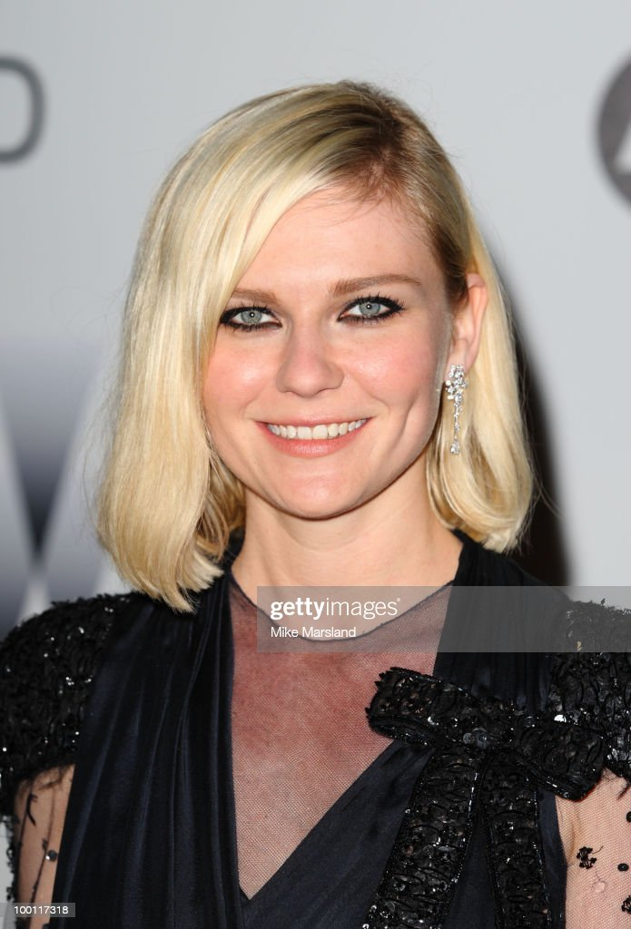 Kirsten Dunst arrives at amfAR's Cinema Against AIDS 2010 benefit gala at the Hotel du Cap on May 20, 2010 in Antibes, France.