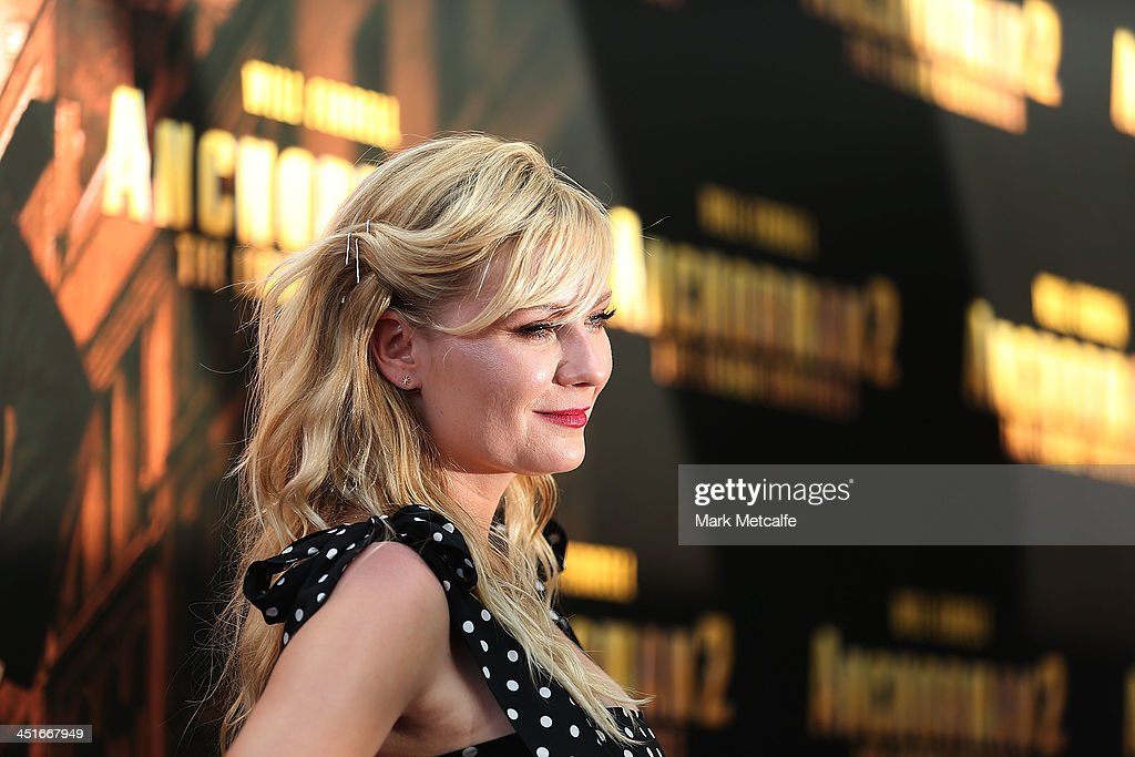 <a gi-track='captionPersonalityLinkClicked' href=/galleries/search?phrase=Kirsten+Dunst&family=editorial&specificpeople=171590 ng-click='$event.stopPropagation()'>Kirsten Dunst</a> arrives at the 'Anchorman 2: The Legend Continues' Australian premiere on November 24, 2013 in Sydney, Australia.
