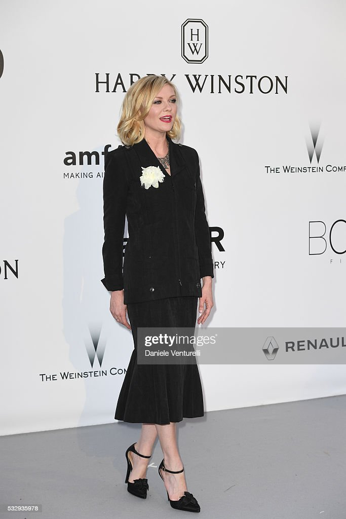 Kirsten Dunst attends the amfAR's 23rd Cinema Against AIDS Gala at Hotel du CapEdenRoc on May 19 2016 in Cap d'Antibes