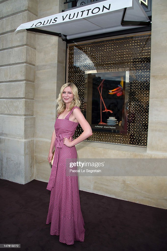 <a gi-track='captionPersonalityLinkClicked' href=/galleries/search?phrase=Kirsten+Dunst&family=editorial&specificpeople=171590 ng-click='$event.stopPropagation()'>Kirsten Dunst</a> attends the Louis Vuitton new boutique opening as part of Paris Haute-Couture Fashion Week Fall / Winter 2012/13 at Place Vendome on July 3, 2012 in Paris, France.