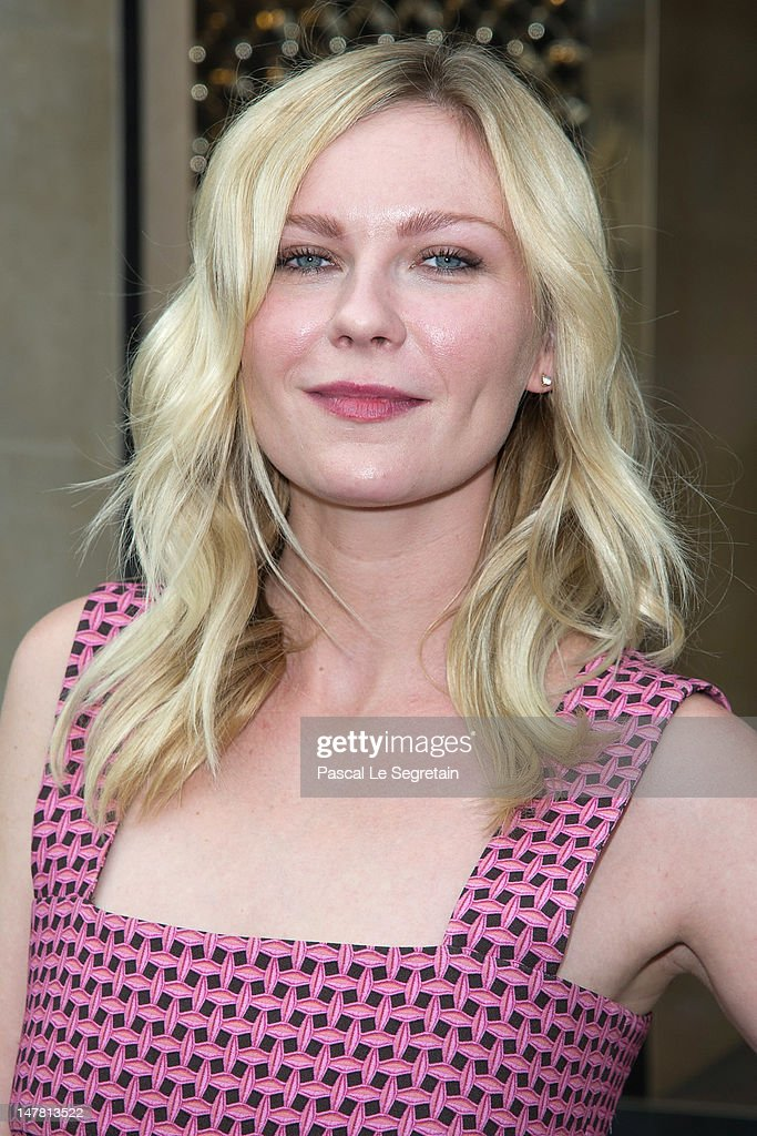 Kirsten Dunst attends the Louis Vuitton new boutique opening as part of Paris Haute-Couture Fashion Week Fall / Winter 2012/13 at Place Vendome on July 3, 2012 in Paris, France.