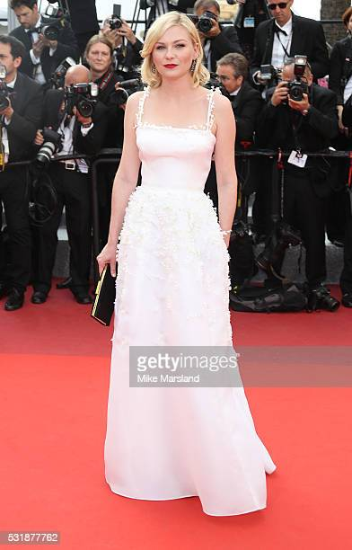Kirsten Dunst attends the 'Loving' premiere during the 69th annual Cannes Film Festival at the Palais des Festivals on May 16 2016 in Cannes France