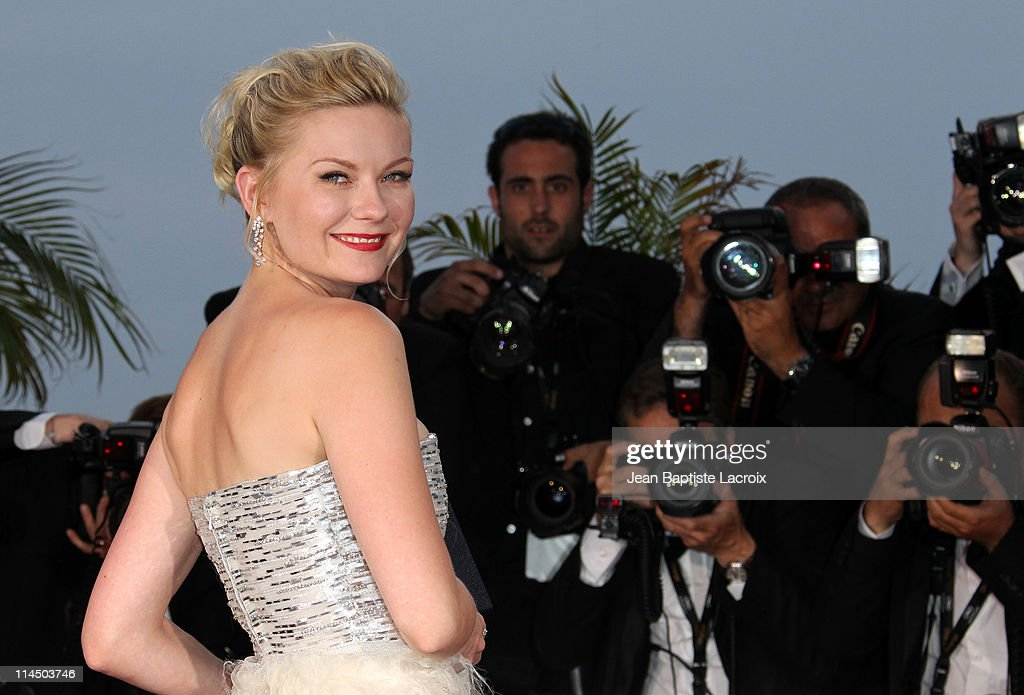 <a gi-track='captionPersonalityLinkClicked' href=/galleries/search?phrase=Kirsten+Dunst&family=editorial&specificpeople=171590 ng-click='$event.stopPropagation()'>Kirsten Dunst</a> attends the Palme D'Or Winners Photocall at the 64th Annual Cannes Film Festival at Palais des Festivals on May 22, 2011 in Cannes, France.