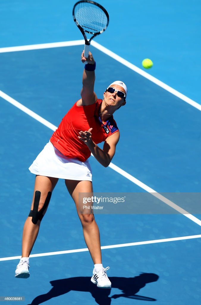 <a gi-track='captionPersonalityLinkClicked' href=/galleries/search?phrase=Kirsten+Flipkens&family=editorial&specificpeople=598749 ng-click='$event.stopPropagation()'>Kirsten Flipkens</a> of Belgium plays a forehand during her quarterfinal match against Sachie Ishizu of Japan during day four of the ASB Classic at ASB Tennis Centre on January 2, 2014 in Auckland, New Zealand.