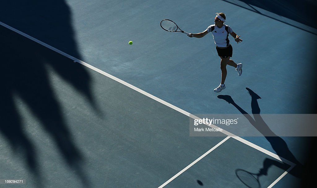 <a gi-track='captionPersonalityLinkClicked' href=/galleries/search?phrase=Kirsten+Flipkens&family=editorial&specificpeople=598749 ng-click='$event.stopPropagation()'>Kirsten Flipkens</a> of Belgium plays a forehand in warm up before her semi final match against Mona Barthel of Germany during day eight of the Hobart International at Domain Tennis Centre on January 11, 2013 in Hobart, Australia.