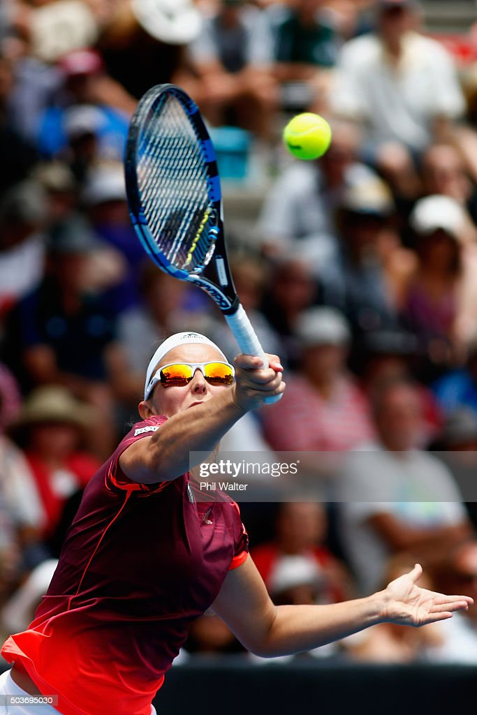 <a gi-track='captionPersonalityLinkClicked' href=/galleries/search?phrase=Kirsten+Flipkens&family=editorial&specificpeople=598749 ng-click='$event.stopPropagation()'>Kirsten Flipkens</a> of Belguim plays a forehand against Tamira Paszek of Austria during day four of the 2016 ASB Classic at ASB Tennis Arena on January 7, 2016 in Auckland, New Zealand.