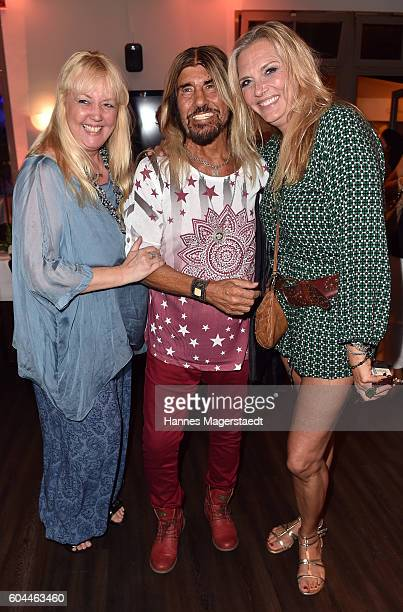 Kirsten Schmidt Abi Ofarim and Nicole BelstlerBoettcher during the My Big Fat Greek cocktail on September 13 2016 in Munich Germany