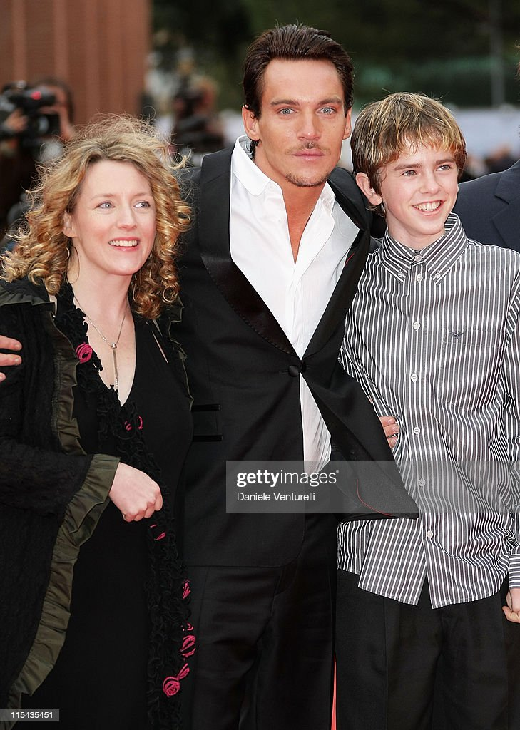 Kirsten Sheridan director Jonathan Rhys Meyers and Freddie Highmore attend the 'August Rush' premiere during Day 3 of the 2nd Rome Film Festival on...