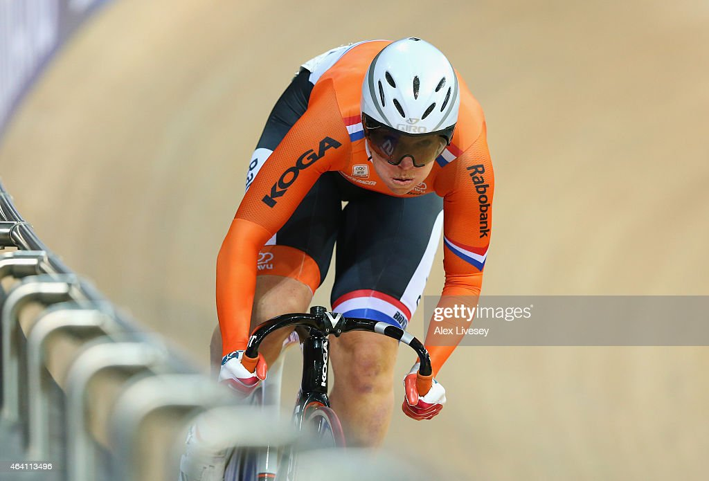<a gi-track='captionPersonalityLinkClicked' href=/galleries/search?phrase=Kirsten+Wild&family=editorial&specificpeople=5701453 ng-click='$event.stopPropagation()'>Kirsten Wild</a> of Netherlands competes in the Women's Omnium Flying Lap during Day Five of the UCI Track Cycling World Championships at the National Velodrome on February 22, 2015 in Paris, France.