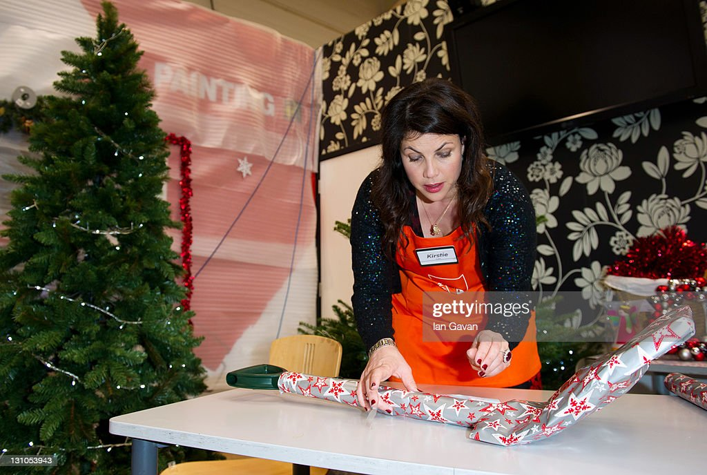 Kirstie allsopp queen of the 39 homemade home 39 hosts for B q christmas decorations