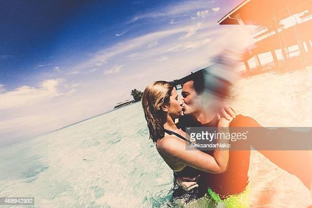 Kissing selfie