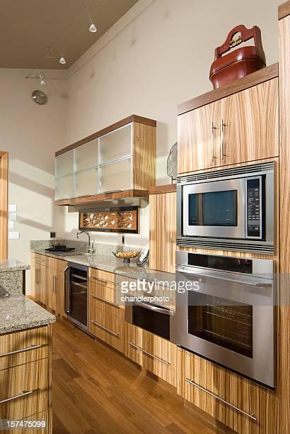 Küche, Bambus-Küchenschränke
