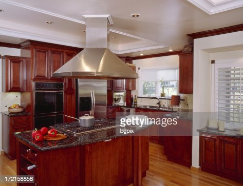 Kitchen Land with Large Exhaust Hood 2