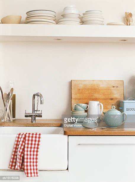 Kitchen Sink and Crockery