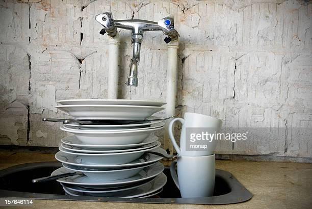 Spülbecken mit dirty Gerichte