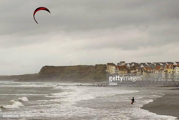 Kitesurfing at Wimereux