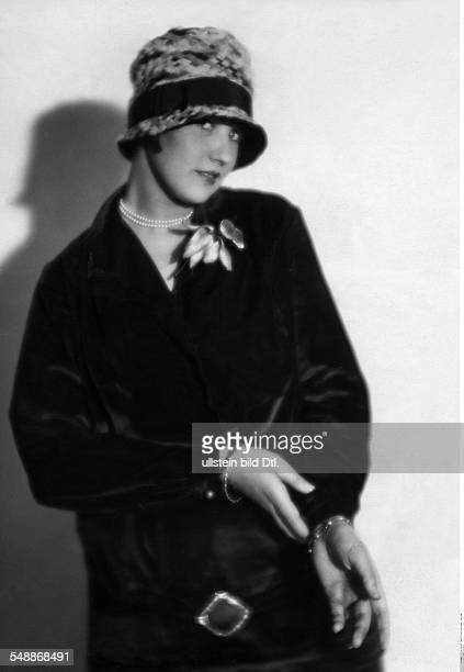 Kitty Lorenz Dancer Germany Portrait in a coat dress and cloche 1926 Photographer Atelier Balasz Published by 'Die Dame' 26/1926 Vintage property of...