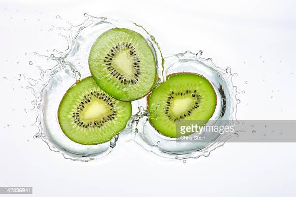 Kiwi Slices Splash