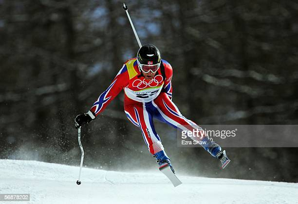 Kjetil Andre Aamodt of Norway competes in the Mens SuperG Alpine Skiing Final on Day 8 of the 2006 Turin Winter Olympic Games on February 18 2006 in...