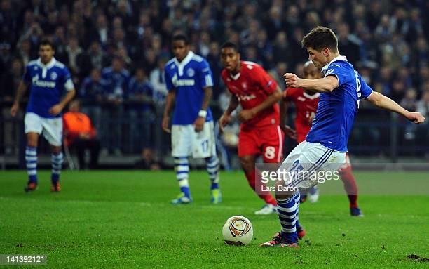 Klaas Jan Huntelaar of Schalke scores his teams second goal during the UEFA Europa League Round of 16 second leg match between FC Schalke 04 and FC...