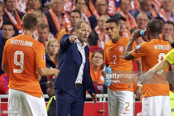 KlaasJan Huntelaar of Holland coach Danny Blind of Holland Gregory van der Wiel of Holland Georginio Wijnaldum of Holland during the UEFA Euro 2016...