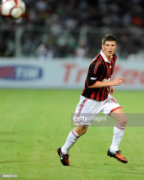 KlaasJan Huntelaar of Milan AC during the TIM Trophy at 'Adriatico' Stadium on August 14 2009 in Pescara Italy