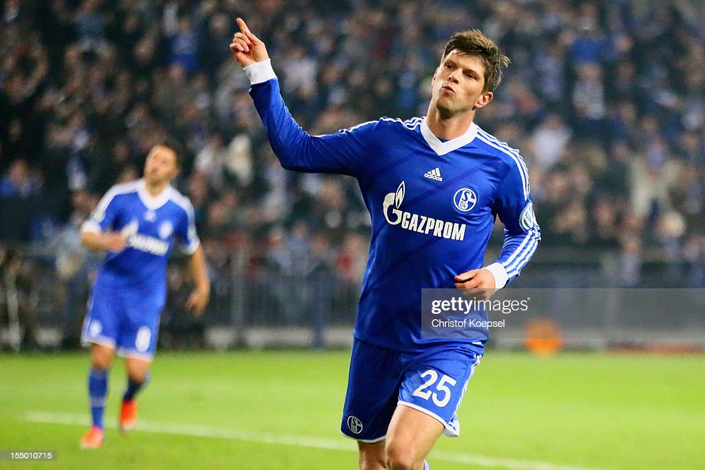 Klaas-Jan Huntelaar of Schalke celebrates the third goal during the DFB Cup second round match between FC Schalke 04 and SV Sandhausen at Veltins-Arena on October 30, 2012 in Gelsenkirchen, Germany.