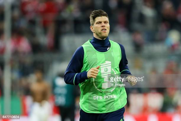 KlaasJan Huntelaar of Schalke looks on during the DFB Cup quarter final between Bayern Muenchen and FC Schalke 04 at Allianz Arena on March 1 2017 in...