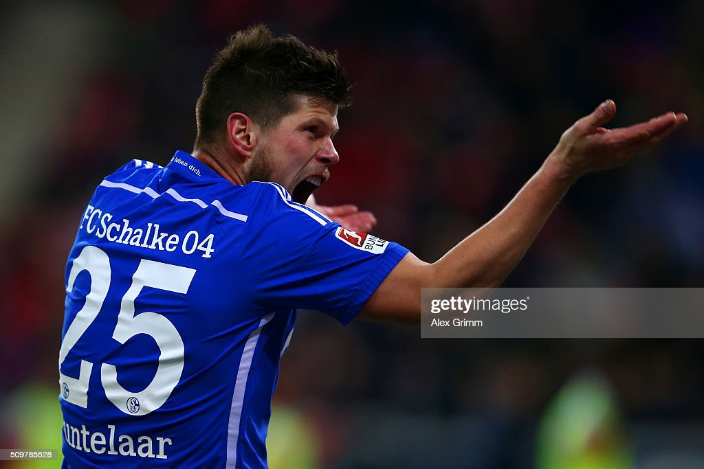 Klaas-Jan Hunterlaar of FC Schalke 04 reacts during the Bundesliga match between 1. FSV Mainz 05 and FC Schalke 04 at Coface Arena on February 12, 2016 in Mainz, Germany.