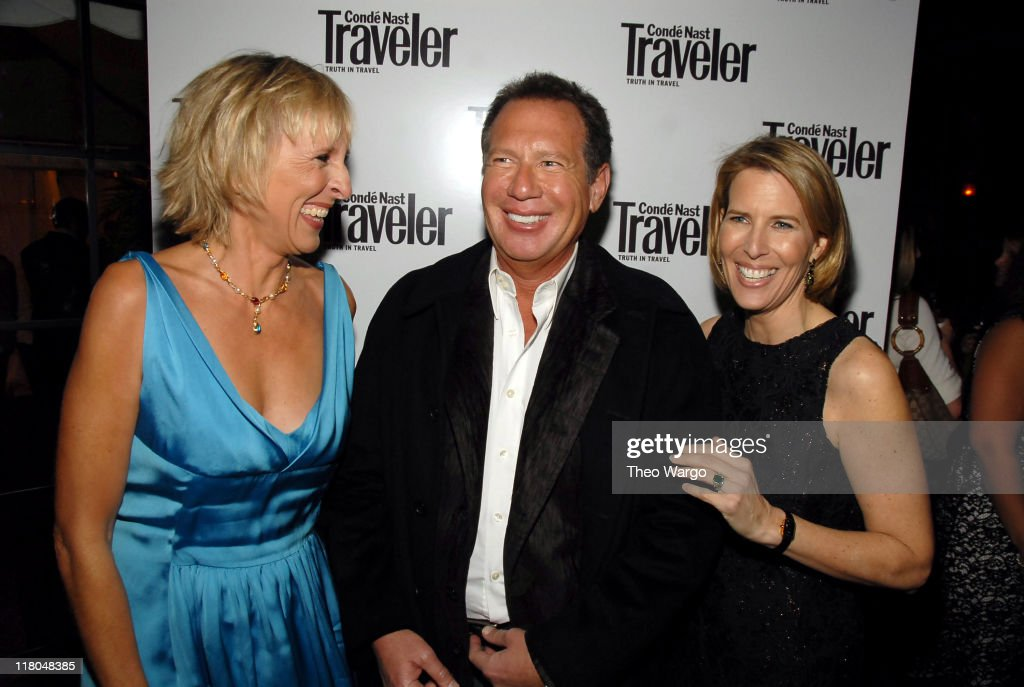 Klara Glowczewska, <a gi-track='captionPersonalityLinkClicked' href=/galleries/search?phrase=Garry+Shandling&family=editorial&specificpeople=220833 ng-click='$event.stopPropagation()'>Garry Shandling</a> and Lisa Hughes
