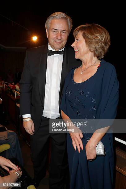 Klaus Wowereit and Daniela Schadt attend the 23rd Opera Gala at Deutsche Oper Berlin on November 5 2016 in Berlin Germany