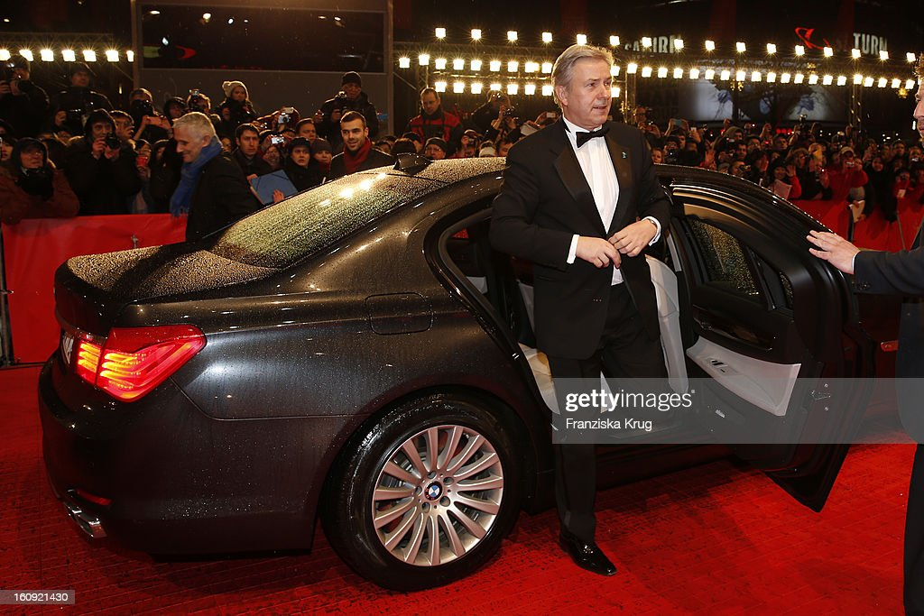 Klaus Wowereit arrives at the 'The Grandmaster' Premiere - BMW at the 63rd Berlinale International Film Festival at the Berlinale Palast on February 7, 2013 in Berlin, Germany.