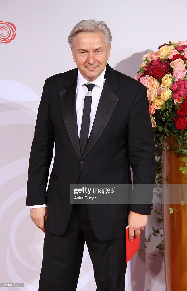 <a gi-track='captionPersonalityLinkClicked' href=/galleries/search?phrase=Klaus+Wowereit&family=editorial&specificpeople=213527 ng-click='$event.stopPropagation()'>Klaus Wowereit</a> attends the charity event 'Rosenball' at Hotel Intercontinental on April 30, 2016 in Berlin, Germany.